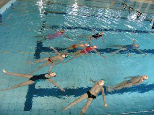 Ośrodek Sportowo Rekreacyjny w Zabierzowie Zapisy na naukę i doskonalenie pływanie w roku szkolnym 2015/2016