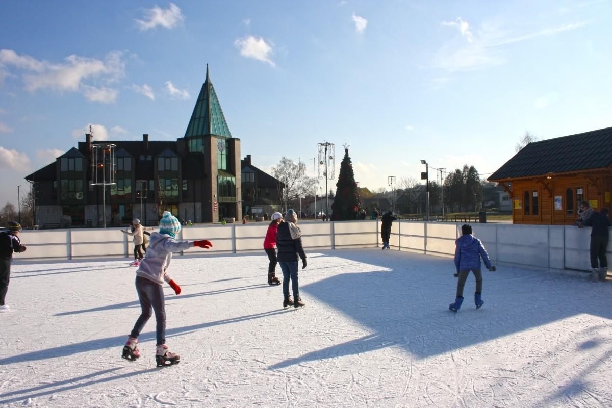 Ośrodek Sportowo Rekreacyjny w Zabierzowie Lodowisko w Zabierzowie